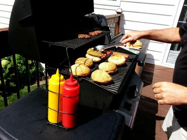 burgers on a propane girll in Orlando